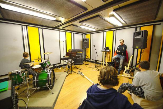 Sala Gialla Centro Musicale Soundy